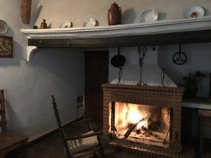 chimenea casa rural