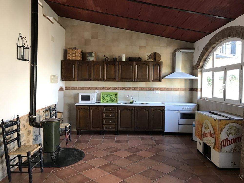 cocina y equipación salón de celebraciones azuaga