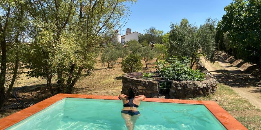 casa rural con piscina viña del duco azuaga badajoz extremadura alojamiento sostenible